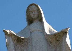 statue_de_la_vierge_méounes.jpg