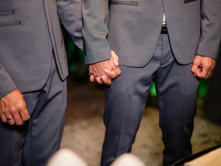Perguntas que não devem ser feitas em um casamento gay