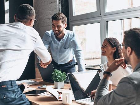Entenda por que contratar uma empresa de eventos corporativos