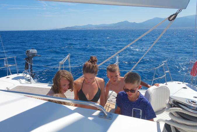 Une sortie en mer promenade en bateaux avec le catamaran Lodos de Saint Cyprien 12 pers maxi