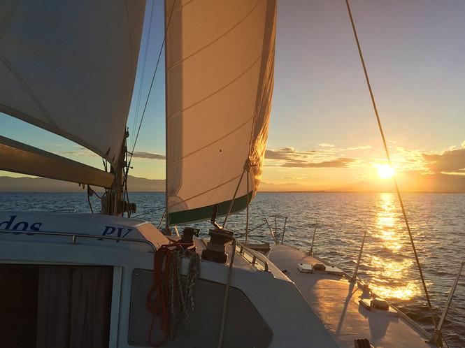 Sortie en mer avec le catamaran Lodos une promenade en bateau autrement