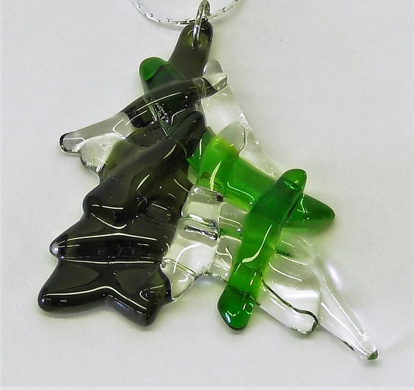 Hänge i grön glasdesign med silverhållare