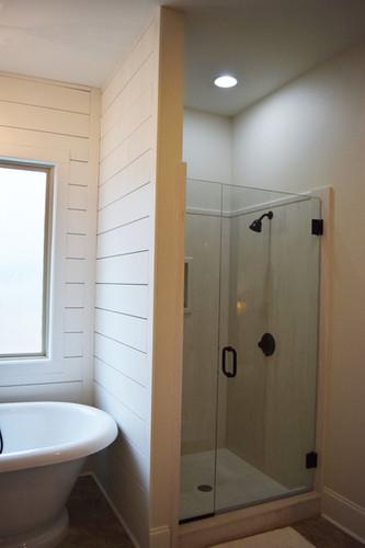 Brignac - Master Bathroom - 3.jpg