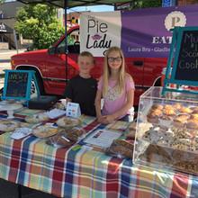 pie_lady_farmers_market.jpg