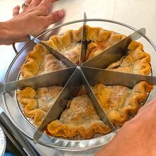 pie_lady_wagon_cutting_pie.jpg