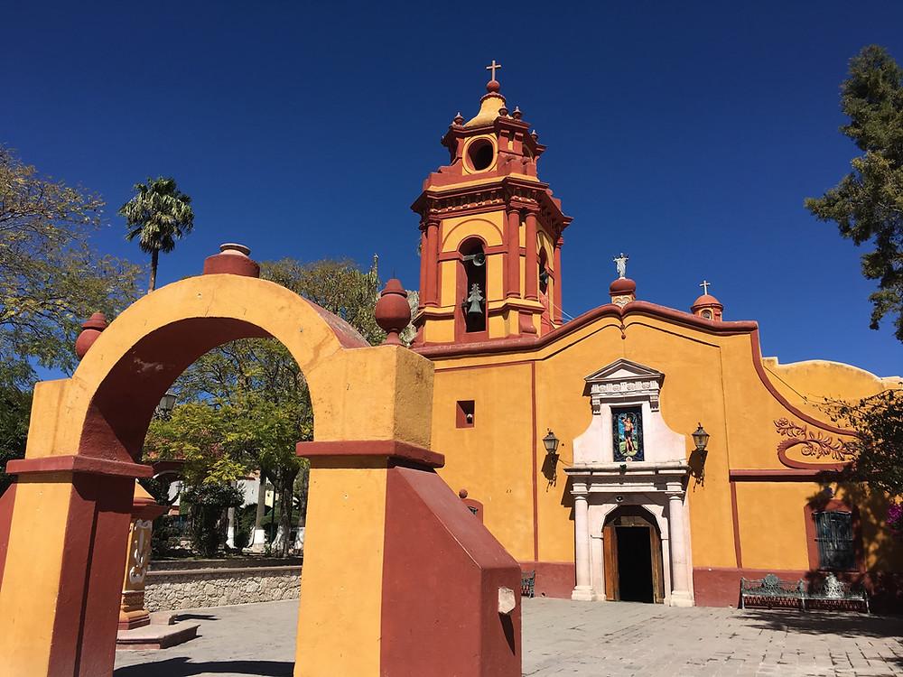 Pueblo Magico, Bernal Mexico church