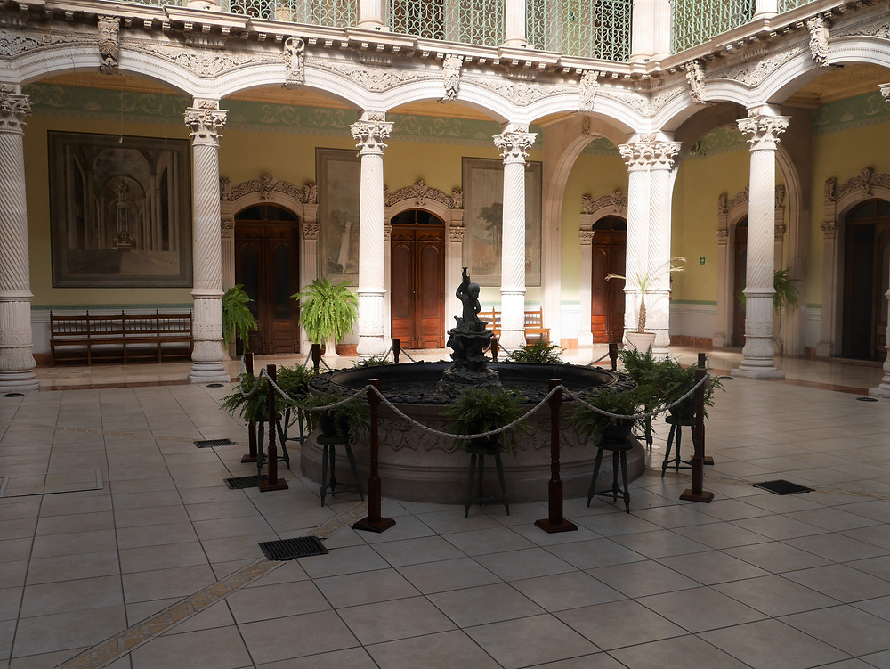 Alvarado Palace, silver mine magnate Pedro, Parral, Chihuahua, Mexico fountain