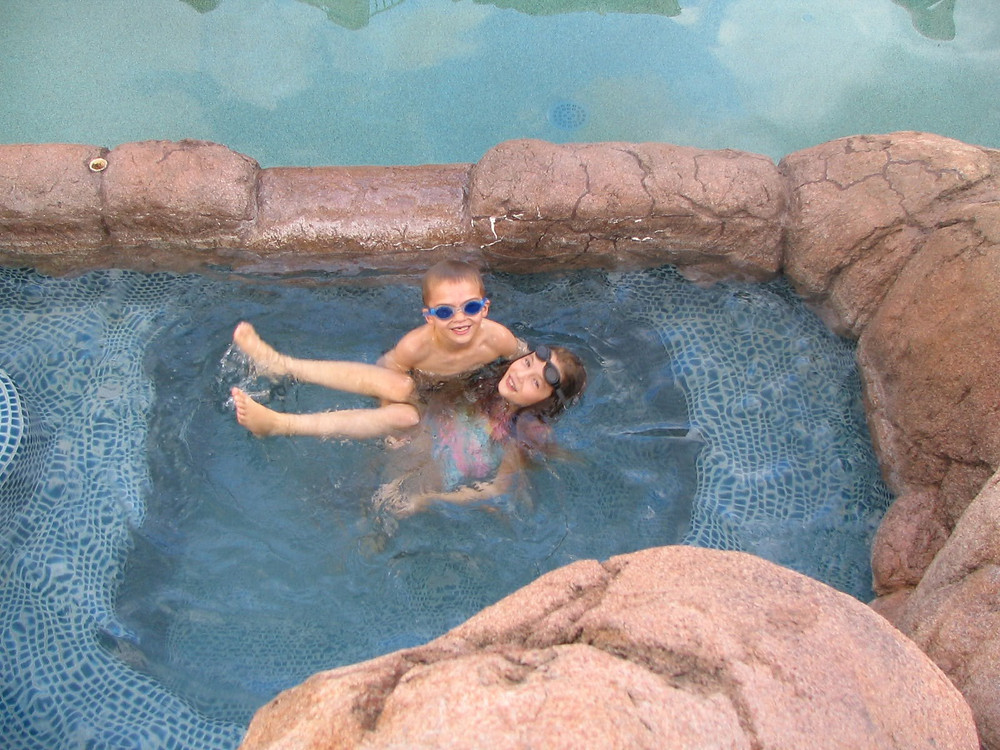 jess-and-nathan-in-pool