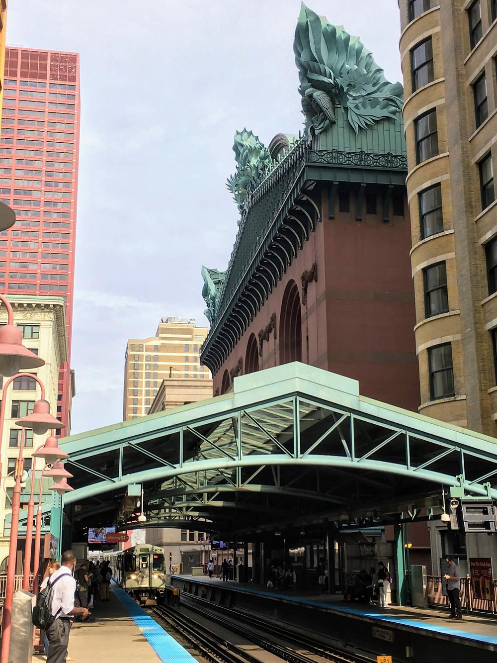 Chicago trains trams public transportation Illinois