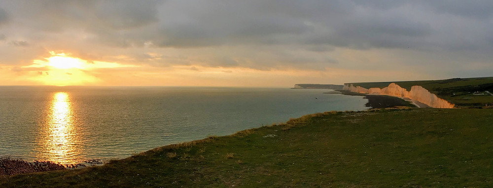beautiful UK sunset Birling Gap Cliff UK ocean
