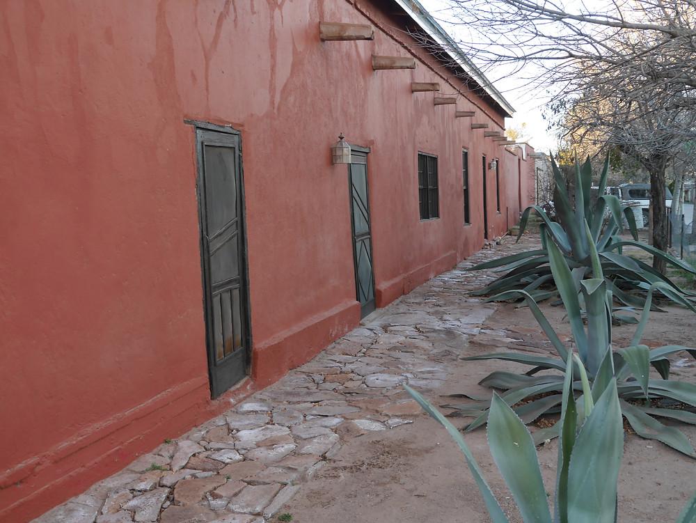 casa roja, hotel casas grandes, chihuahua, mexico
