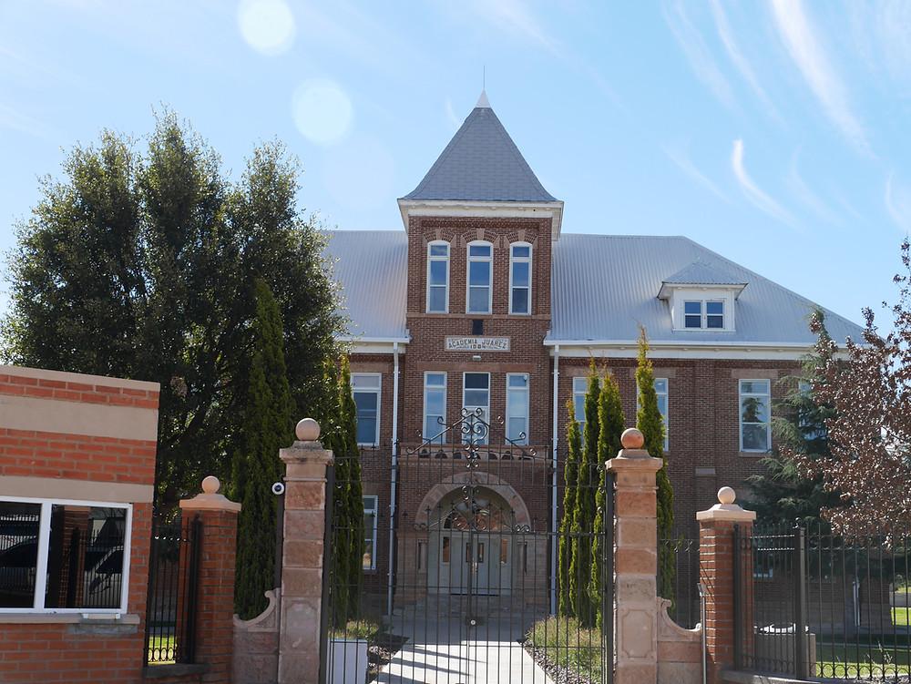 Colonia Juárez Academia school building, Chihuahua, Mexico
