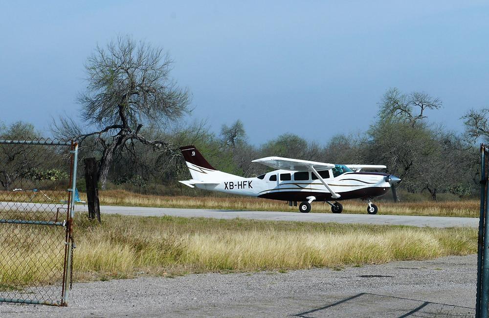 Tamasopo, San Luis Potosi aeropista cessna 207