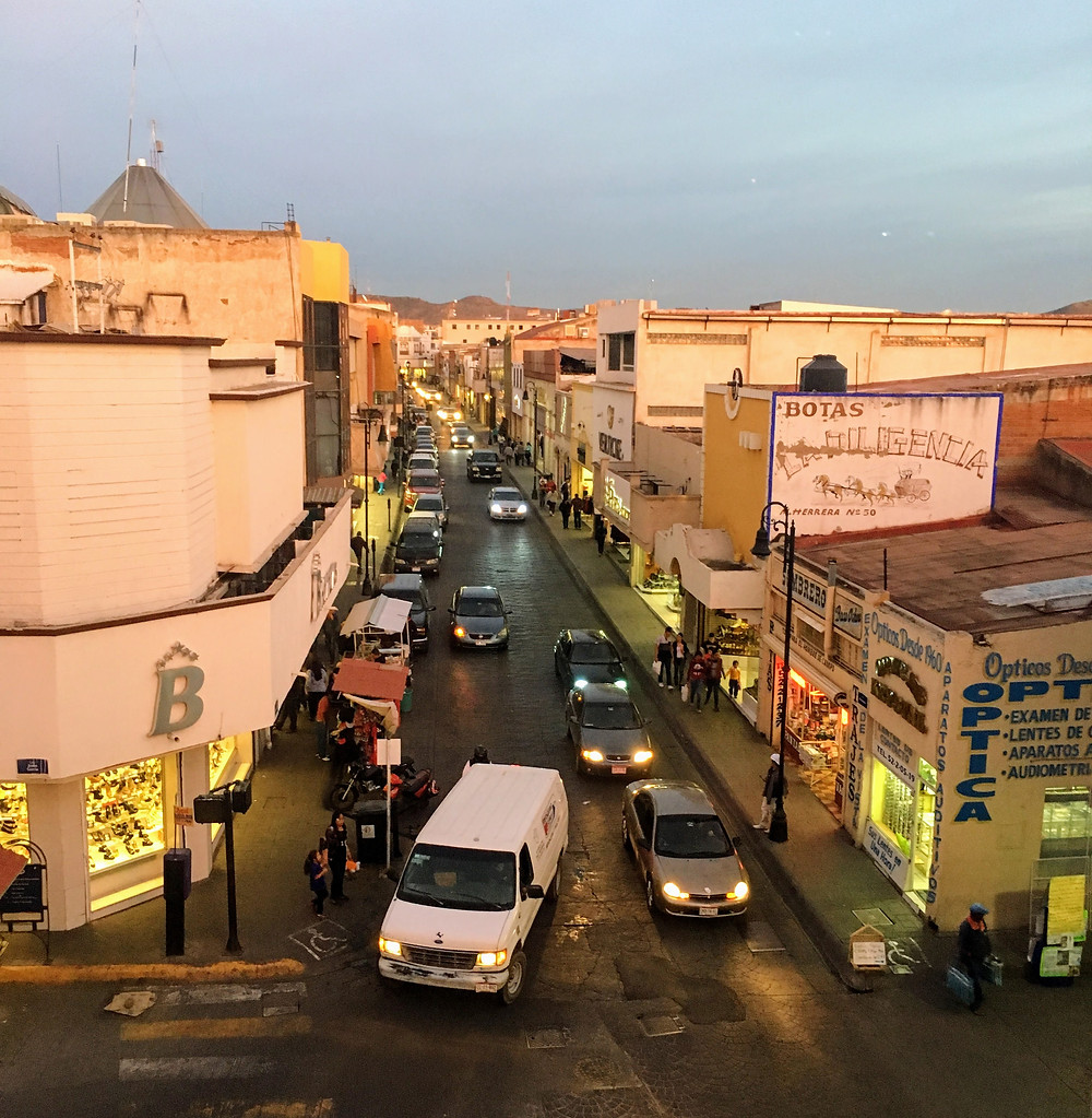 downtown-parral-with-traffic