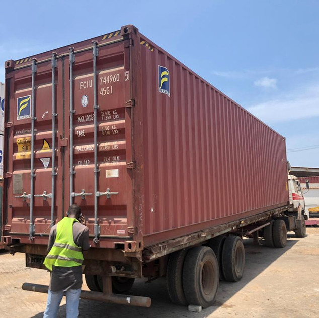 Sealing Coconut Carbon Container for Shipment - KDHI