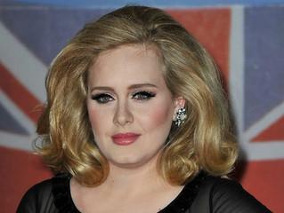 Get the look: Achieve winged eyeliner like Adele