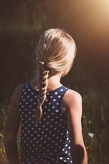 girl-4079831_1920.jpg