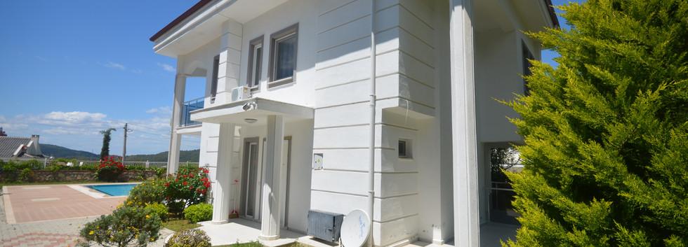Side Entrance Porch