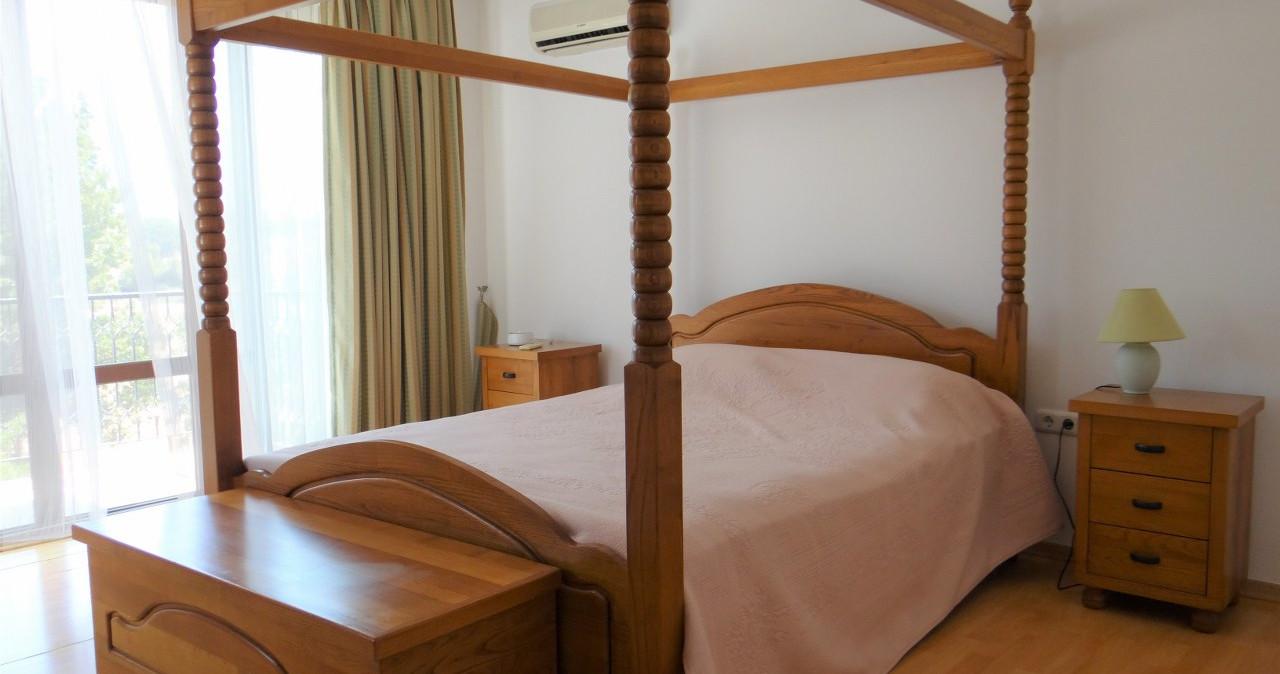 Bedroom 1.jpeg