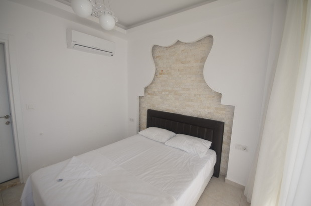 10a. bedroom one_resize.JPG