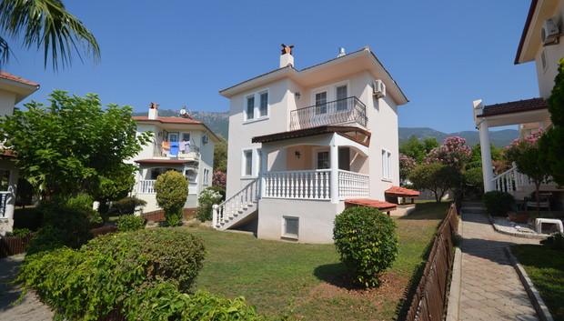 Detached Triplex Villa