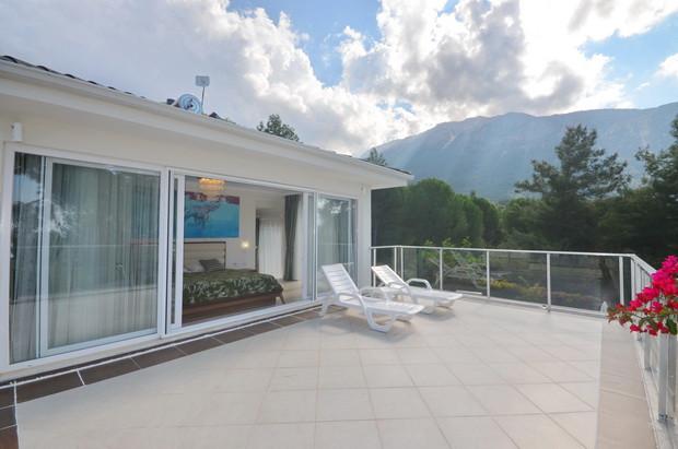 Upper Balcony with Mountain Backdrops