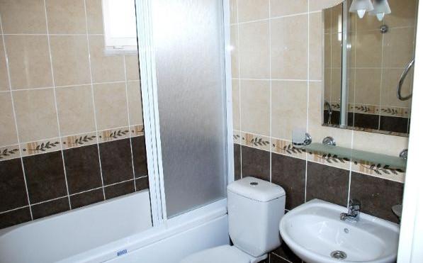 10. example bathroom.JPG