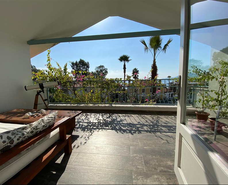 Master Bedrooms Balcony