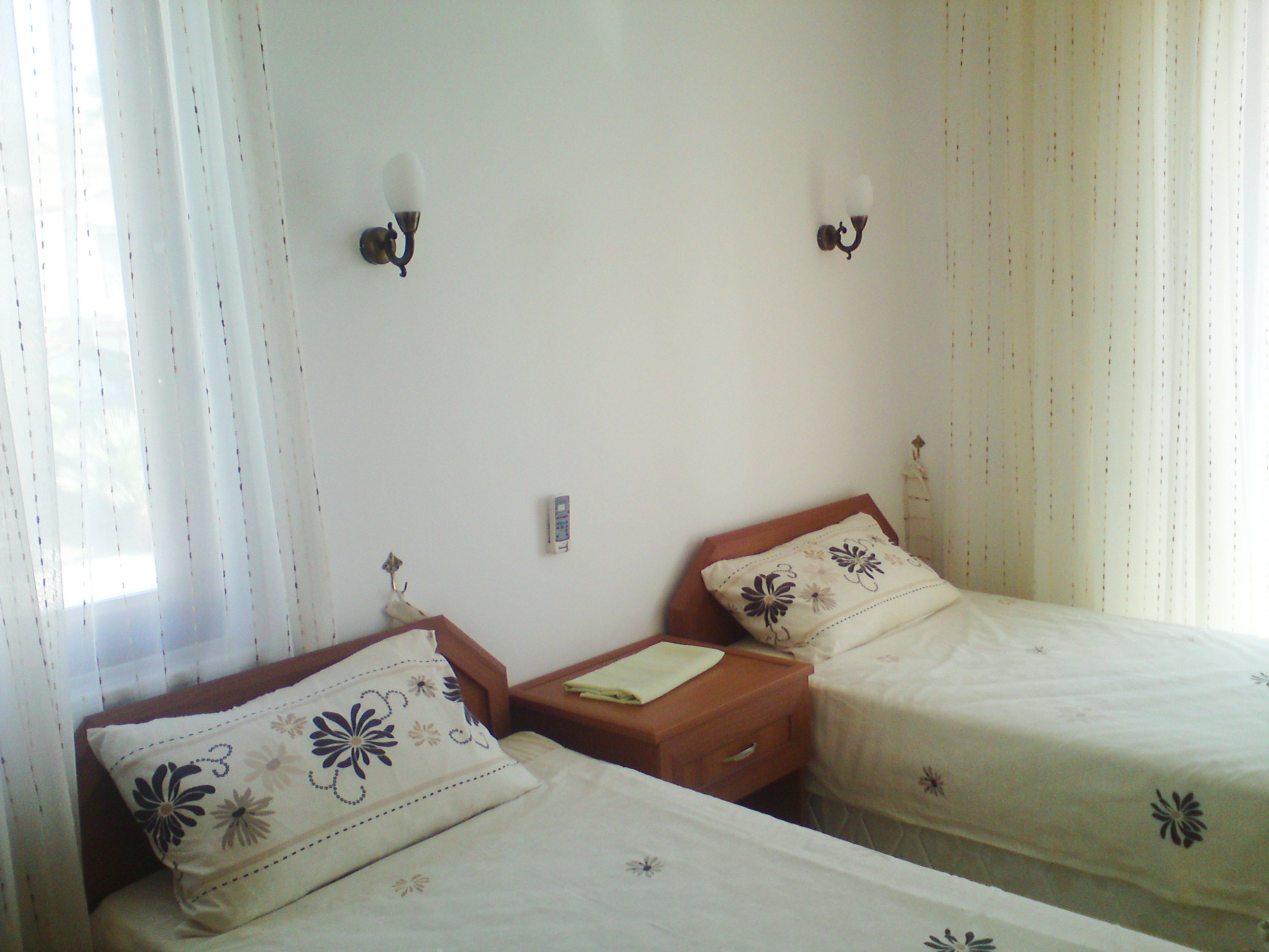 7. Twin bed
