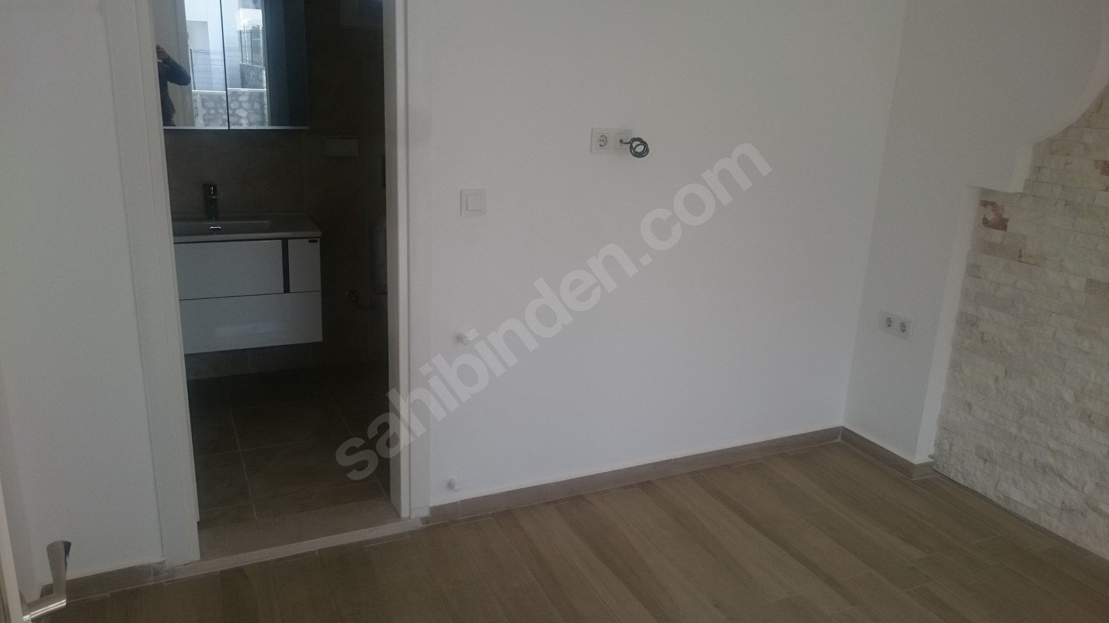 8a. bedroom one