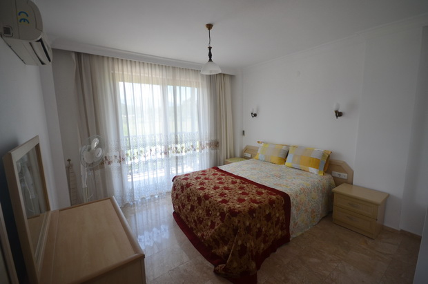 4. master bedroom_resize