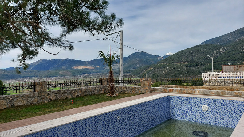 Private pool with mountain views