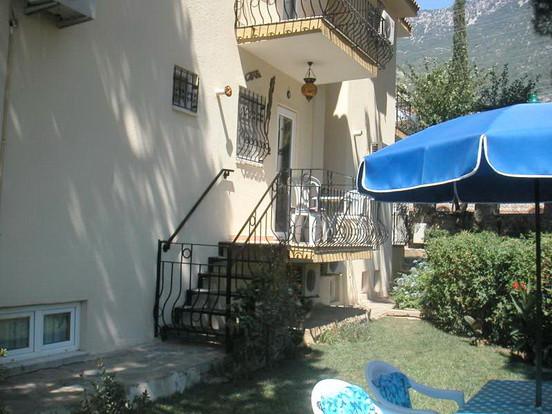 Balcony Steps to Gardens