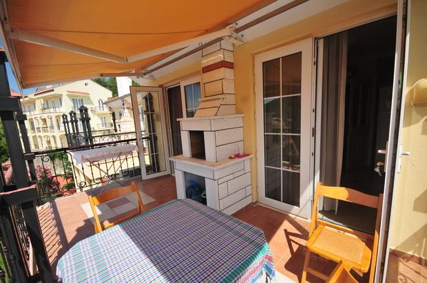 11. bbq balcony_resize