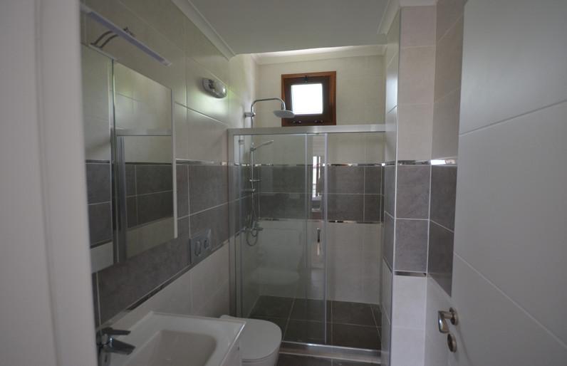 EmSuite Bathroom