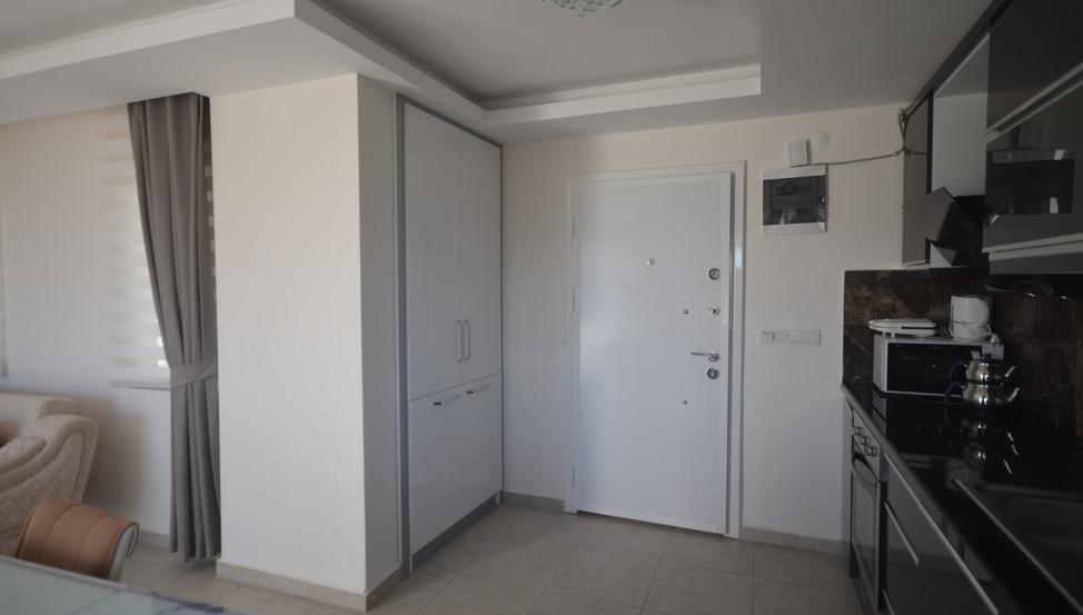 Entrance Door/Hall Storage