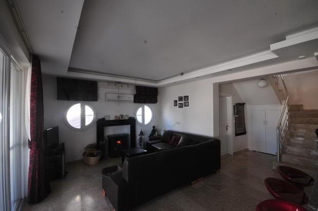 Lounge with Fire & Radiators