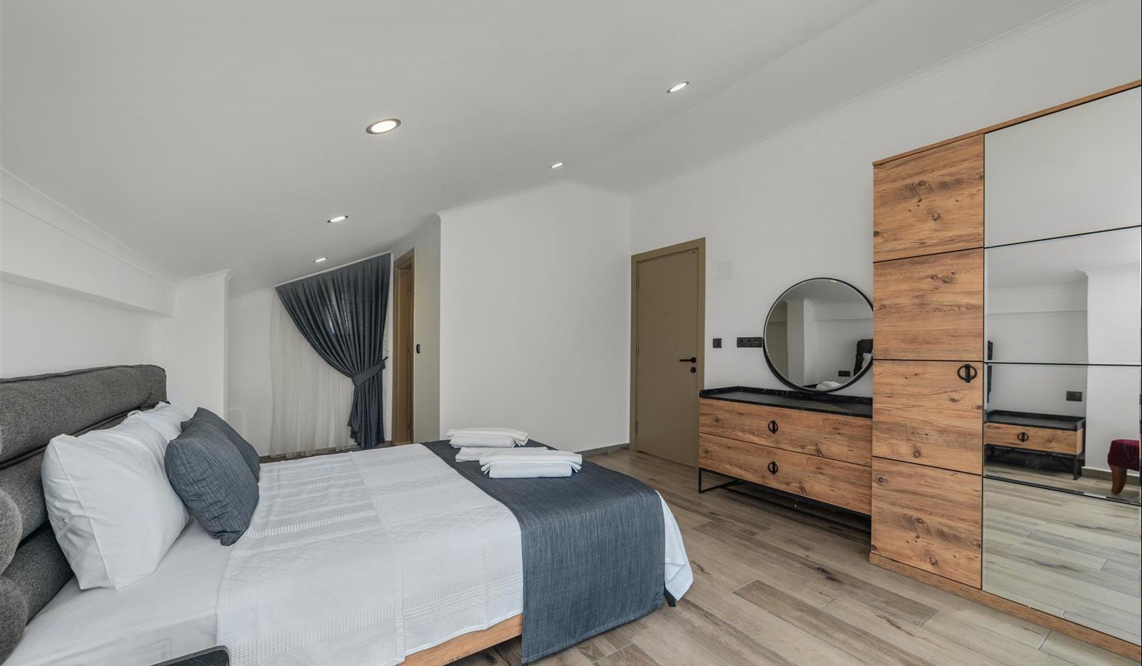 Bedroom Three (Master)