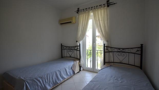 19. bedroom three.jpgjpg_resize.jpg