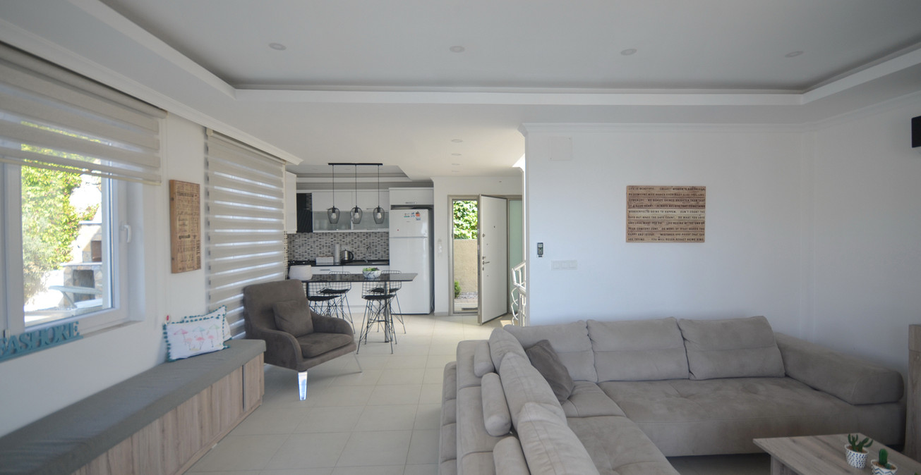 Bright n Airy Open Plan Living