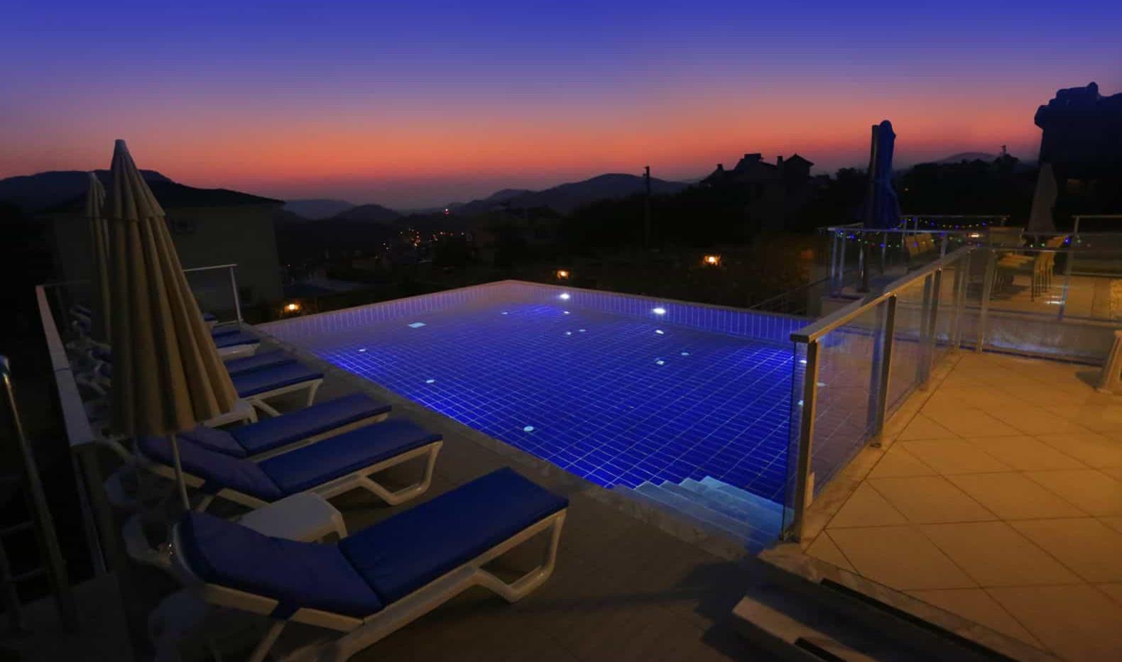 Sunset & Pool Lights