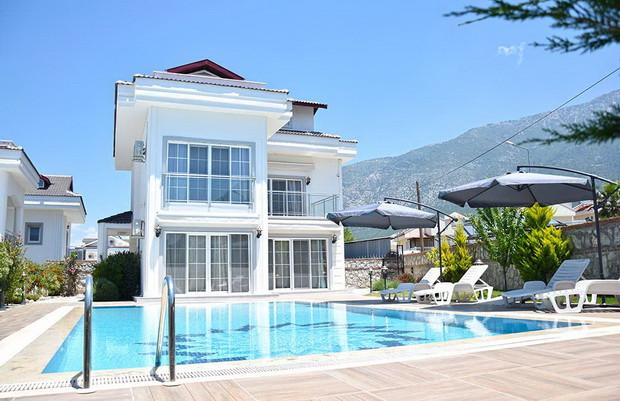 Modern Resale Villa