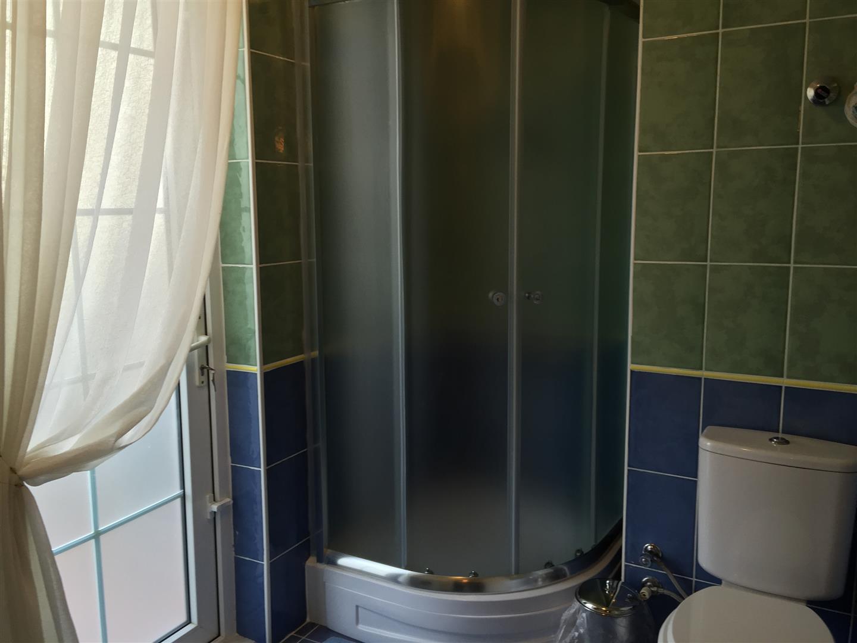 Bathroom Shower Cubicle_resized