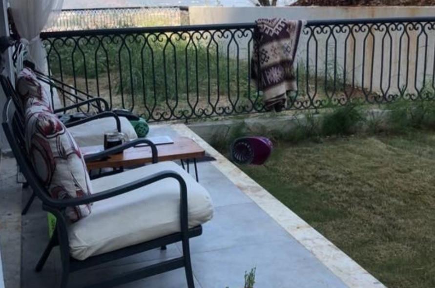 Garden Terrace Balcony (off Lounge)