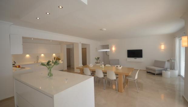 10. ground floor kitchen dining_resize.J