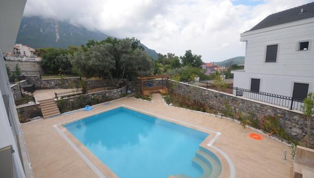 14b. terrace view_resize.JPG