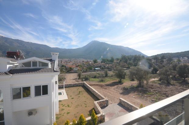 12d. terrace view_resize.JPG