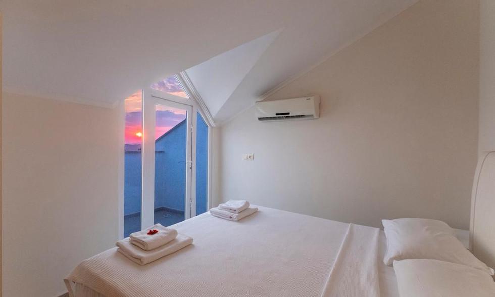Attic bedroom double