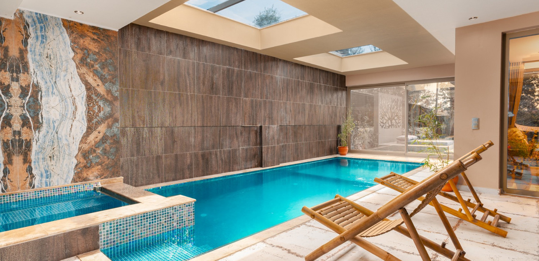 Indoor Pool.jpeg