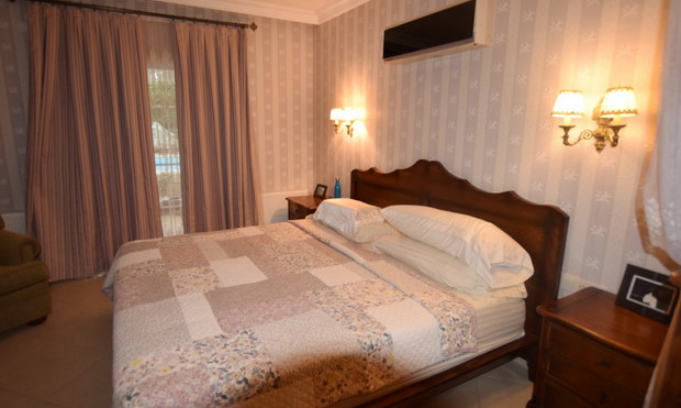 14a. fourth bedroom_resize.JPG